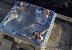 hot-tub-pic1